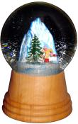 Perzy Snowglobe - Medium Skier with wooden base